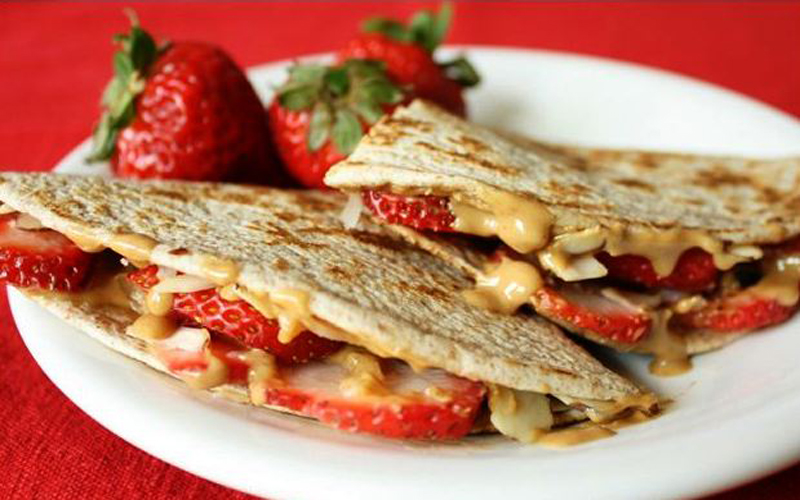 Grilled Strawberry Peanut Butter Sandwich
